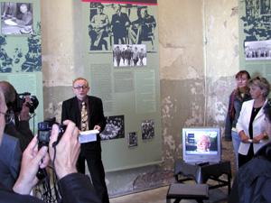 heine-schuelerausstellung-2005