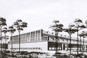 Entwurfszeichnung der Fertigungshalle F1 durch die Baugruppe Schlempp aus dem Jahr 1939. (HTM Peenemünde, Archiv)